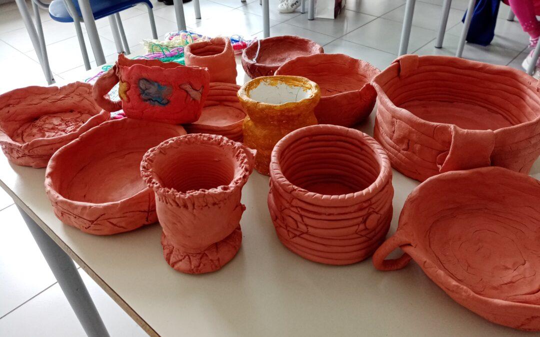 Quando la scuola è anche laboratorio – Il neolitico: pitture rupestri, vasi e tessitura